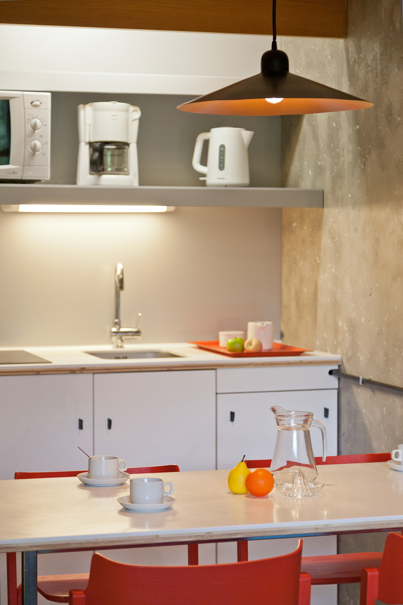 Plan de travail separation cuisine sejour une petite for Bar entre cuisine et salon